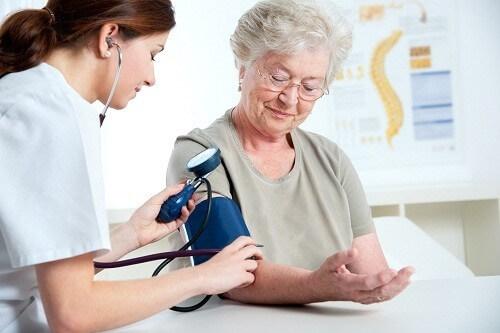 Tăng huyết áp do tuổi già